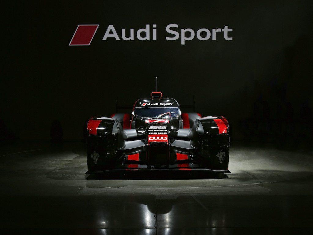 Un Coche De Carreras Muy Potente Nuevo Audi R18