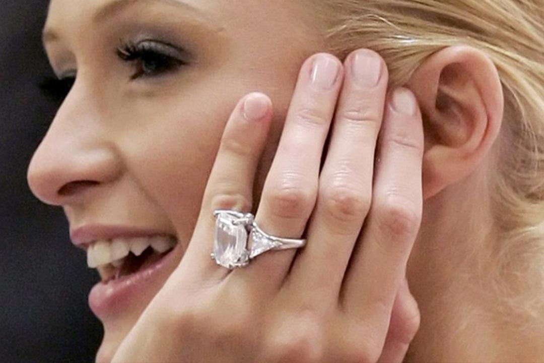 8445baa5790a Estas personalidades han recibido algunos de los anillos más caros de la  historia